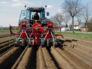 2-masine-za-povrtarstvo-agricola-italiana