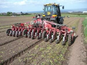 3-masine-za-povrtarstvo-agricola-italiana-sadilica-rasada